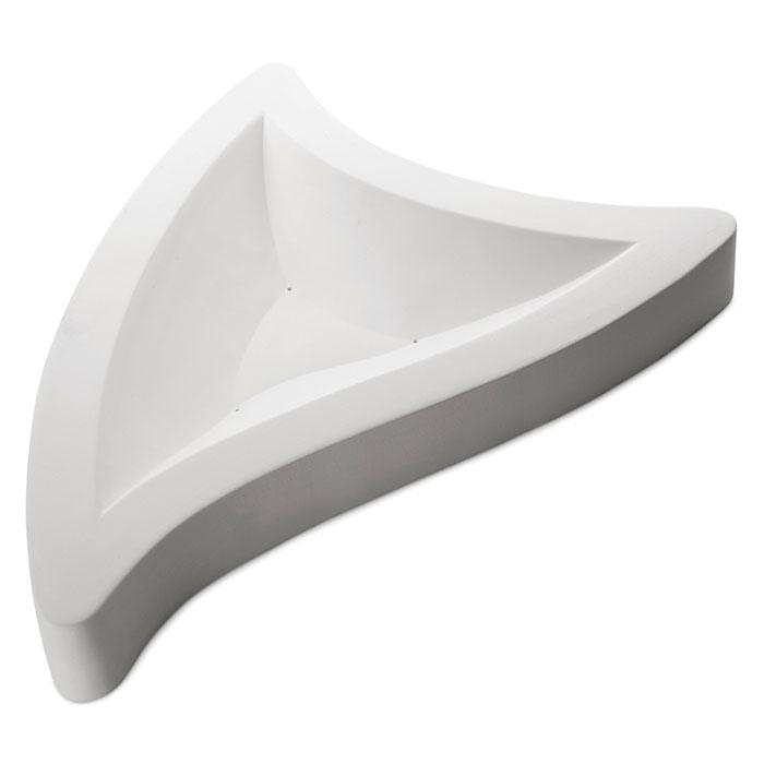 Triangle – 59×42.6×6.2cm – Base: 41x32cm