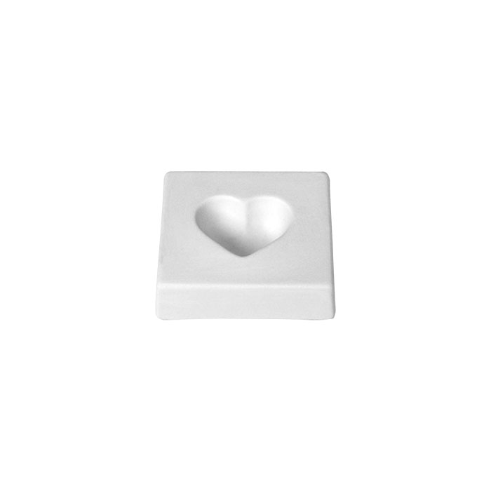 Heart 7.6×8.2 x2.3cm