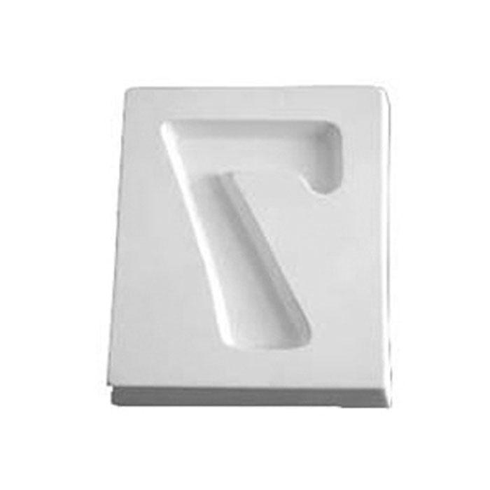 Number 7 – 12.2×10.2×1.9cm – Opening: 9.1×6.7cm